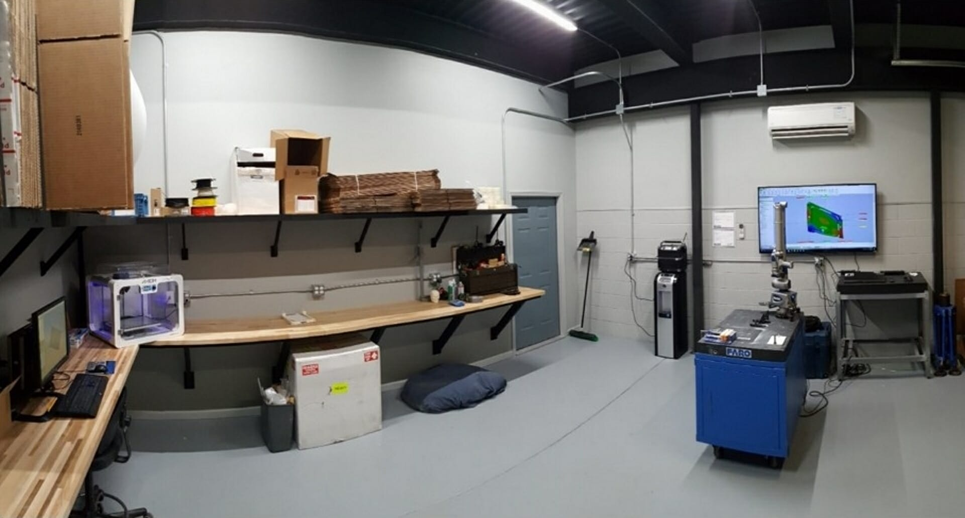 FARO ScanArm - 3d Laser Scan and reverse engineering - view of the DE Reverse Engineering metrology lab